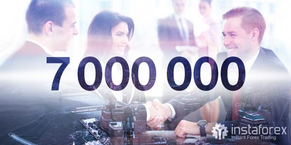 เทรดเดอร์มากกว่า 7,000,000  คนจากทั่วทุกมุมโลกได้เลือก InstaForex